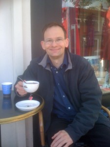 PA - smiling - cafe nero 11 May 12 - Chiswick High Road